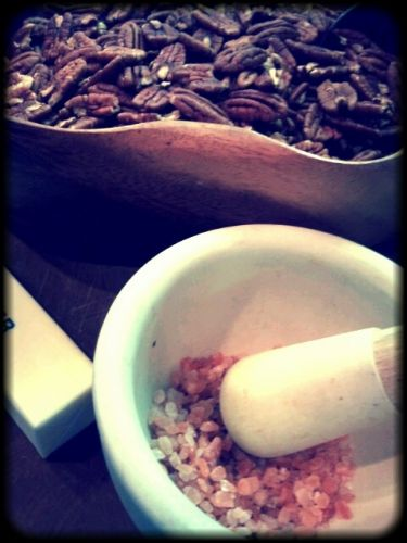 """Chique"" Recipe:  It's all about Nuts"